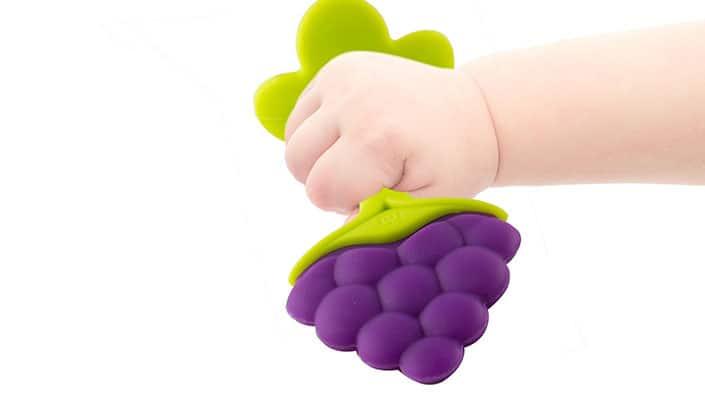 Teething Baby: Make use of teething toys